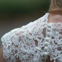 Ubieranie się w stylu białego koloru